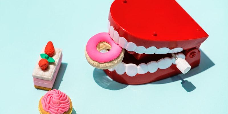 pricvrstitev-zobne-proteze